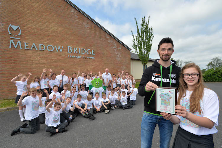Local primary school scores top marks in Aer Lingus art competition